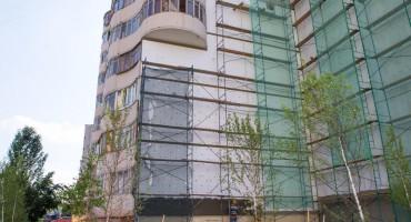В Набережных Челнах капитально ремонтируют жилые дома